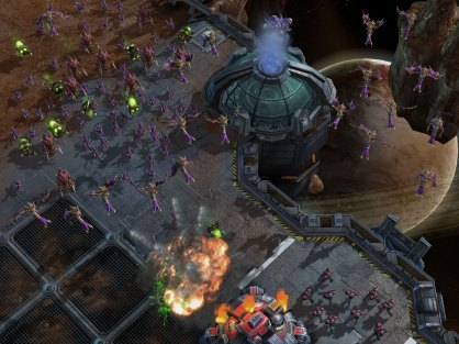 StarCraft 2 Wings of Liberty: StarCraft 2 Wings of Liberty: Avance - Los Zerg
