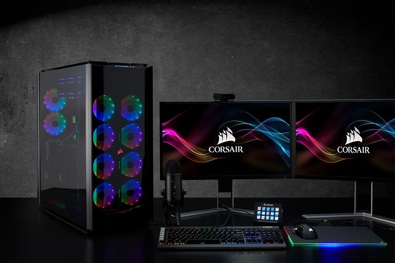 En la Obsidian 1000D de Corsair caben 2 ordenadores al mismo tiempo