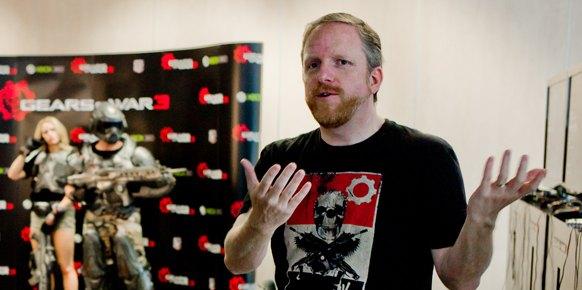 Gears of War 3: Gears of War 3: Entrevista Rod Fergusson