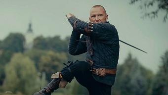 Así maneja la espada el doble de acción de The Witcher