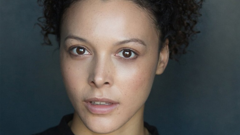 Mecia Simson, actriz y modelo.